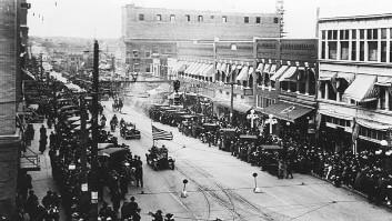 Tulsa Race Riots of 1921, Destruction of Black Wall Street